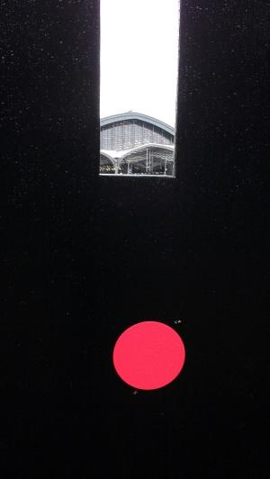 Vue sur la gare à travers les travaux...