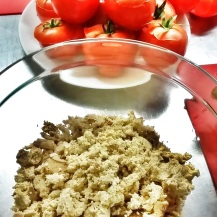 Préparation de la farce pour les tomates