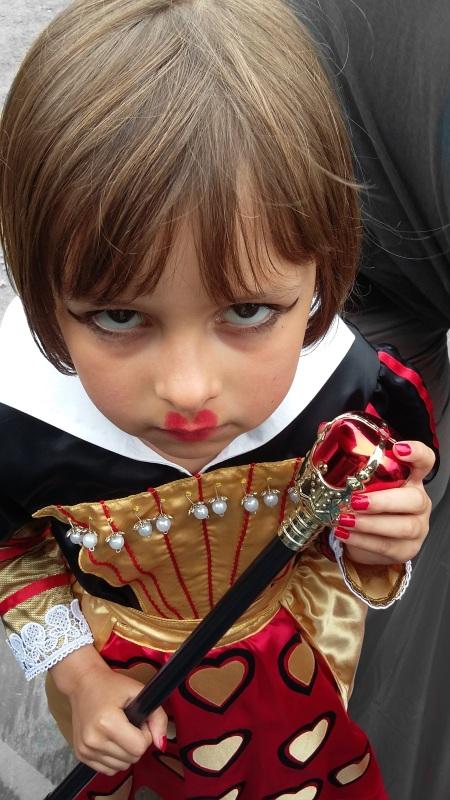 miss grumpy reine de coeur vieilles charrues.jpg 2