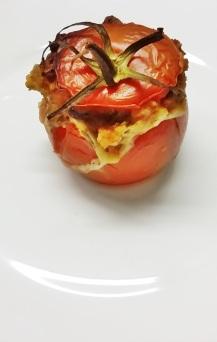 THE tomate farcie végétarienne