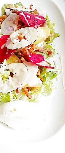 Salade légumes et lardons